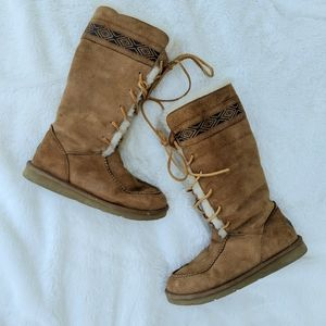 Ugg tularosa sheep lined lace up winter suede boot